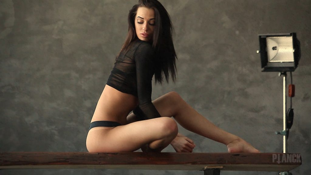 Sex photo girls naked on european television